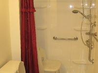 handicappedaccessible-bathroom1